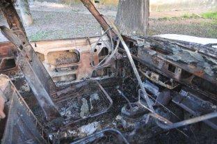 Apareció el quinto auto incendiado en la semana