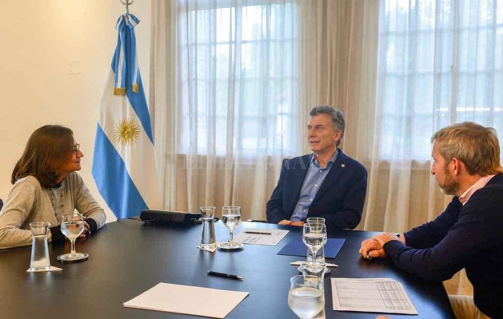 Frigerio acompañó al presidente en la entrevista con Lucía Corpacci (Catamarca). El ministro del Interior es un articulador clave en la estrategia puertas adentro mientras se negocia con el FMI. <strong>Foto:</strong> Télam