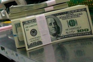 El dólar retrocedió y cerró en $ 28,41