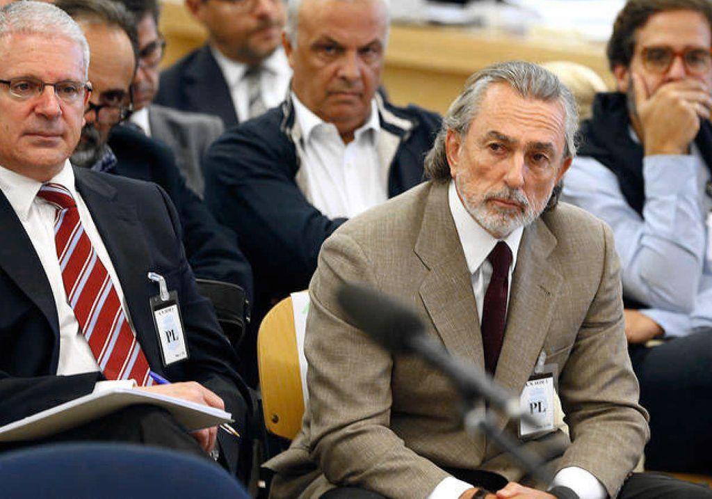 Los considerados cabecillas de la trama Gürtel, Francisco Correa y Pablo Crespo, al comienzo del juicio, en octubre de 2016 Crédito: Internet