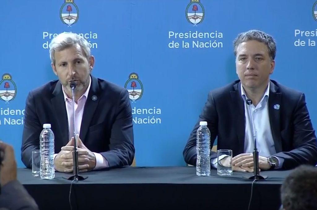 Rogelio Frigerio y Nicolás Dujovne en la conferencia de prensa de este jueves. Crédito: Youtube