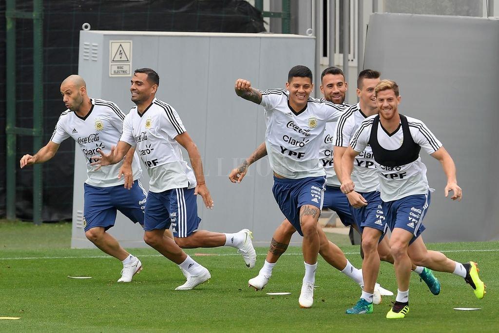España: Los jugadores de la selección argentina entrenan en el centro de deportes ´Joan Gamper´ en Sant Joan Despíen, una localidad vecina de Barcelona con vistas al amistoso con Iraesl previo al Mundial de Rusia. Crédito: Télam
