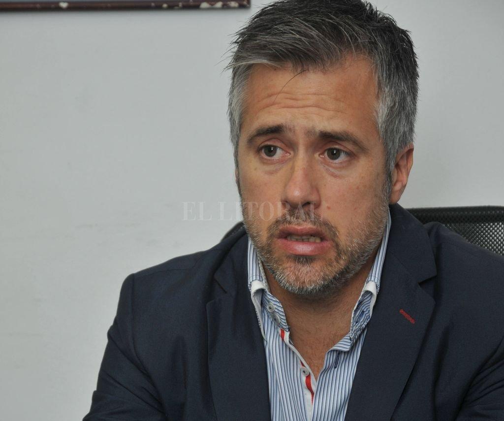 """""""Si uno quiere hacer política, lo primero que hay que hacer es recoger los testimonios y conocer los problemas de la gente"""". <strong>Foto:</strong> Luis Cetraro"""
