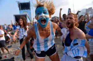 """Advierten por """"banderazos"""" de argentinos en Rusia"""