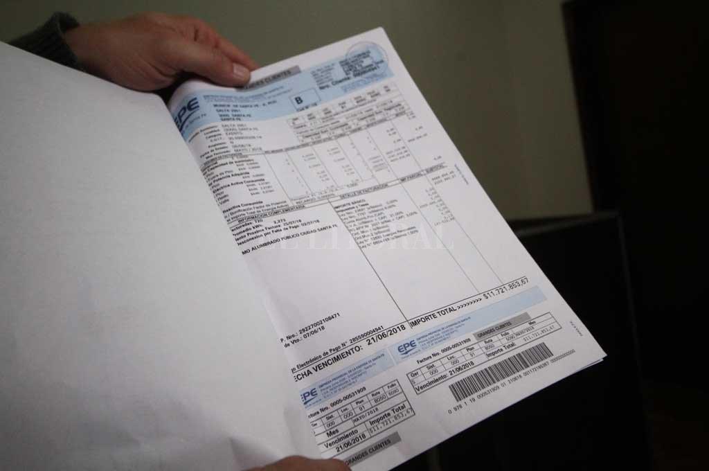 El martes se conoció la primera facturación al municipio por el alumbrado público <strong>Foto:</strong> Pablo Aguirre