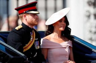 """Reino Unido: Isabel II convocó a los duques de Sussex para un último """"acto oficial"""""""
