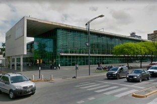 Desde una moto dispararon y mataron a un hombre en Rosario