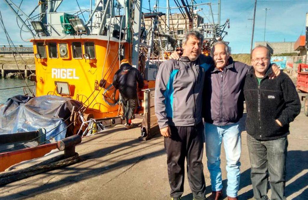 A la izquierda, el capitán Salvador Taliercio.  Crédito: Perfil.