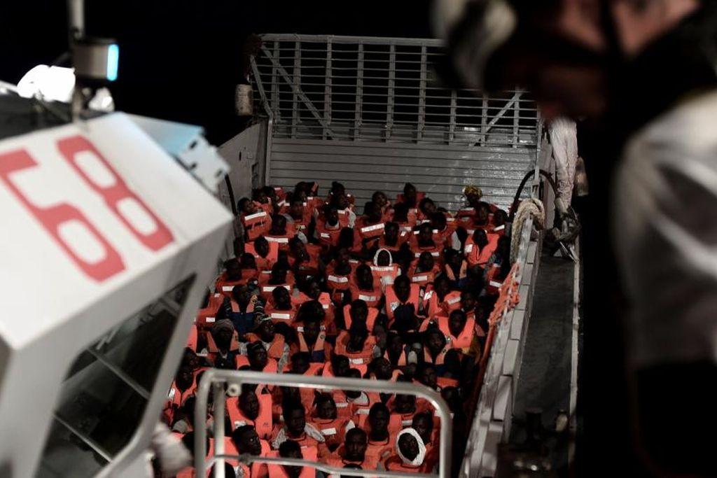 Los más de 600 inmigrantes del Aquarium en el naufragio. Crédito: Internet
