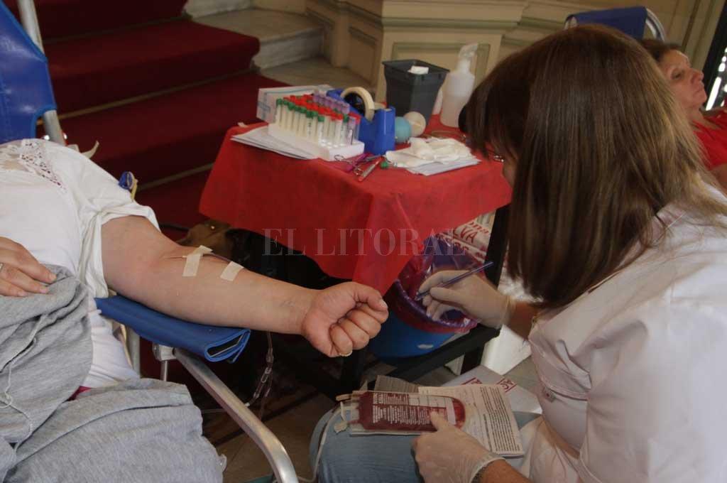 La OMS sostiene que las transfusiones de sangre y los productos sanguíneos contribuyen a salvar millones de vidas cada año. <strong>Foto:</strong> Archivo El Litoral
