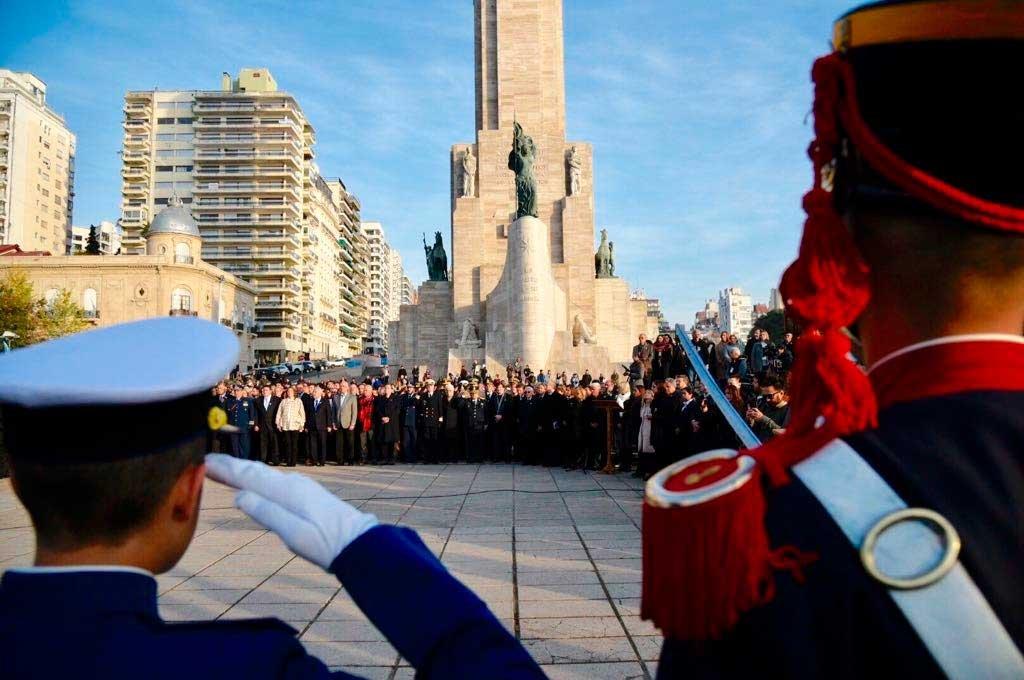 Este miércoles se realizó el tradicional acto por el Día de la Bandera en la ciudad de Rosario Crédito: Marcelo Manera