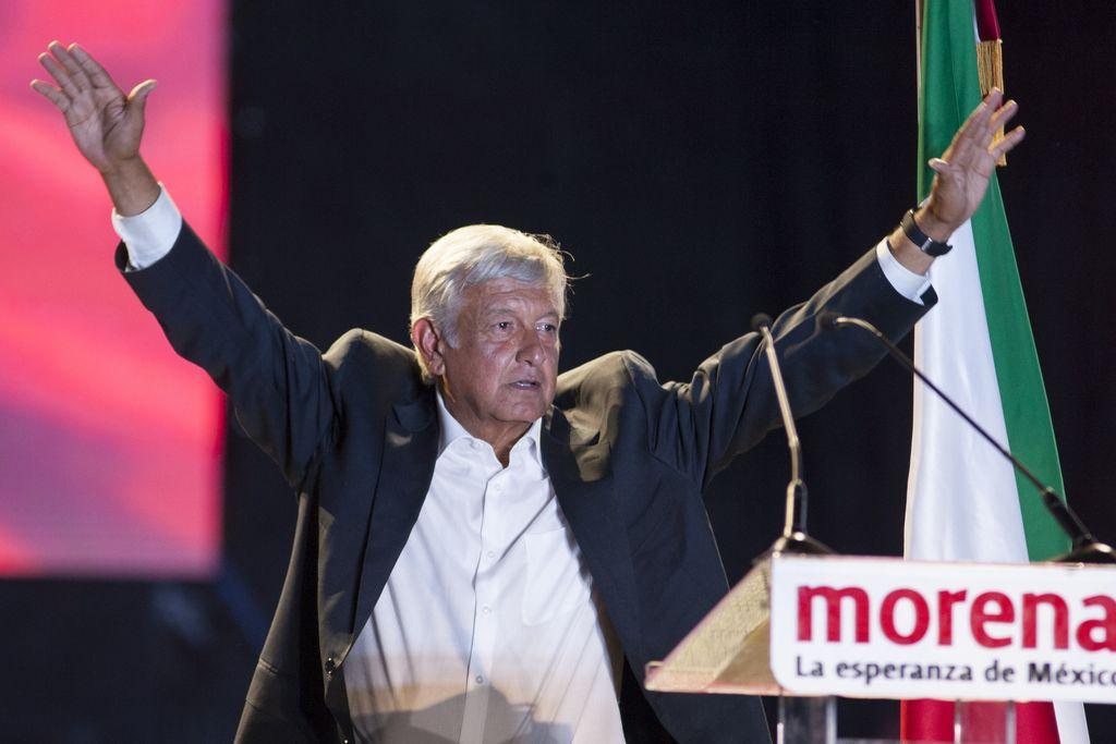 Andres Manuel López Obrador en Ciudad de México, durante el acto de cierre de su campaña electoral. <strong>Foto:</strong> dpa