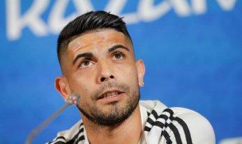 """Banega: """"Espero poder seguir ayudando a la Selección"""""""