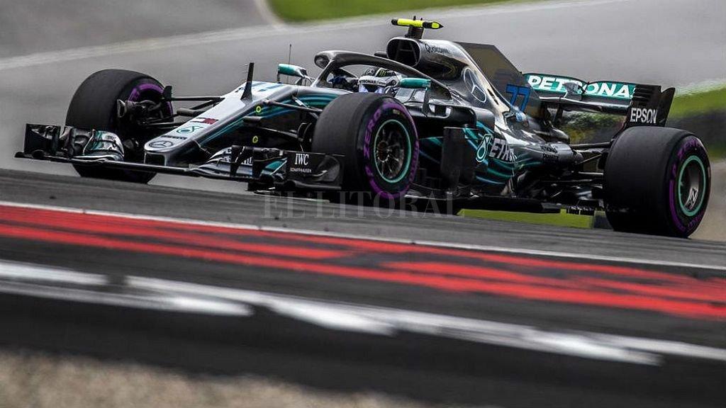 Valtteri Bottas y el Mercedes lograron el primer lugar para el Gran Premio de Austria.  <strong>Foto:</strong> Gentileza f1.com