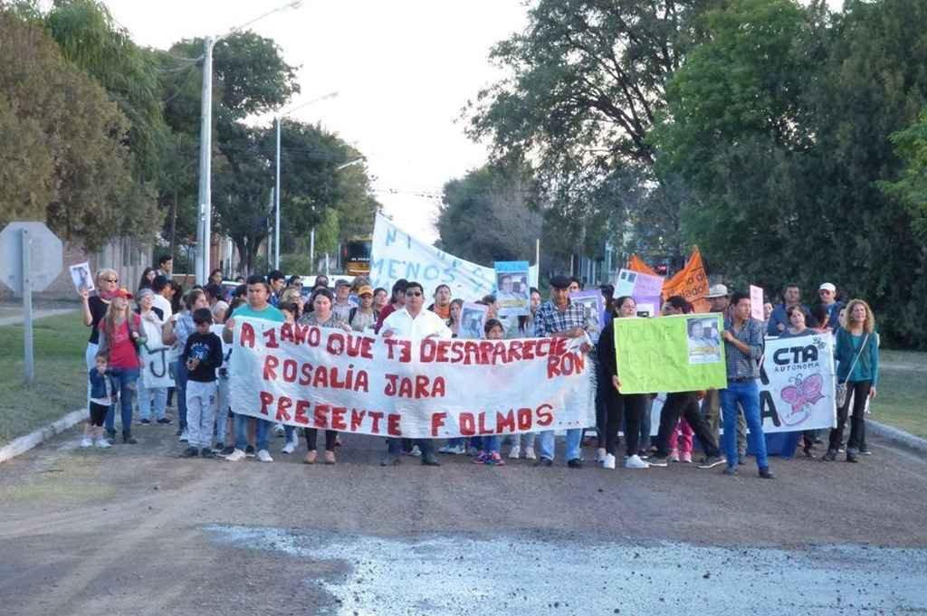 La comunidad de Fortín Olmos marchó ayer para recordar a Rosalía y pedir Justicia. Crédito: Gentileza FM Vida Fortín Olmos