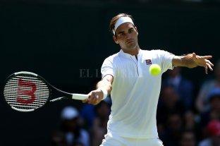 Las acciones de Nike caen luego de que Roger Federer se pasara a Uniqlo