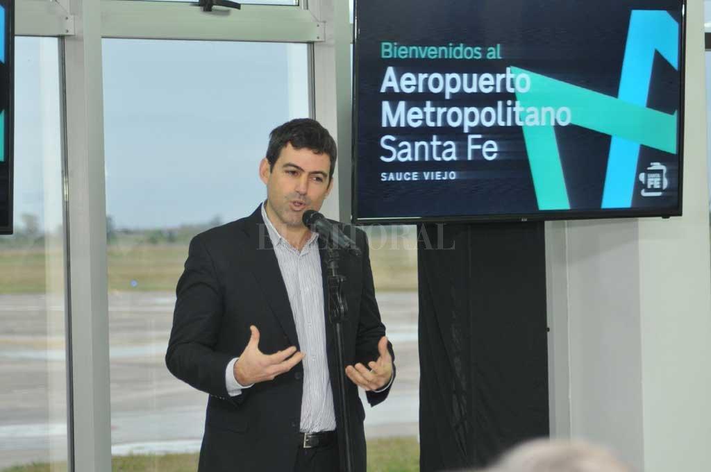 """Nuevo nombre y presidente. El ahora """"Aeropuerto Metropolitano Santa Fe"""" presentó al directorio del Ente Autárquico, que será presidido por Santiago Amézaga. <strong>Foto:</strong> Flavio Raina"""