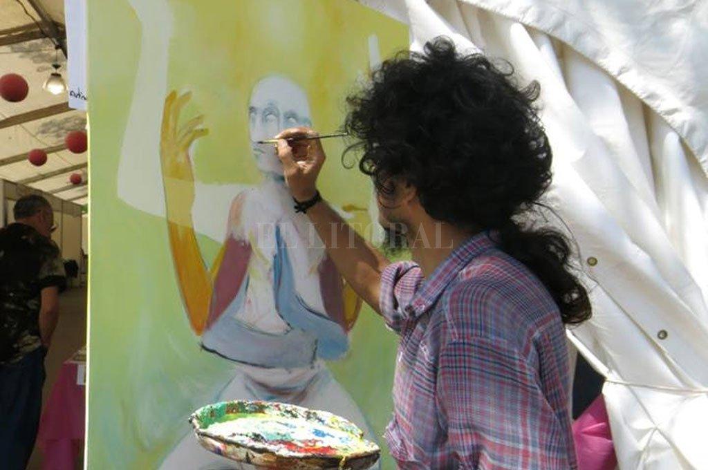 Posibilidad. Las bienales de arte operan como ventanas de expresión para aquellos que de otra forma no podrían exponer sus obras o trabajos.  <strong>Foto:</strong> Archivo El Litoral