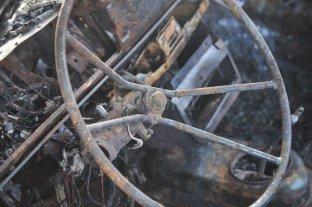 Preocupante: quemaron una camioneta frente a una comisaría