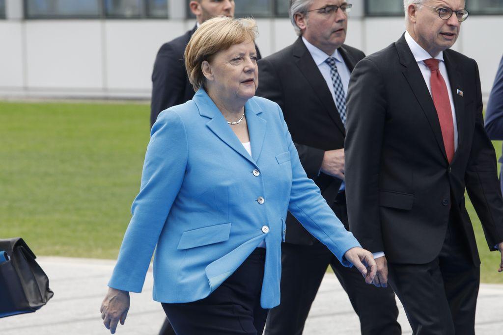 La canciller alemana, Angela Merkel, llega el 12/07/2018 en Bruselas, Bélgica, a la segunda jornada de la cumbre de la OTAN.  Crédito: dpa