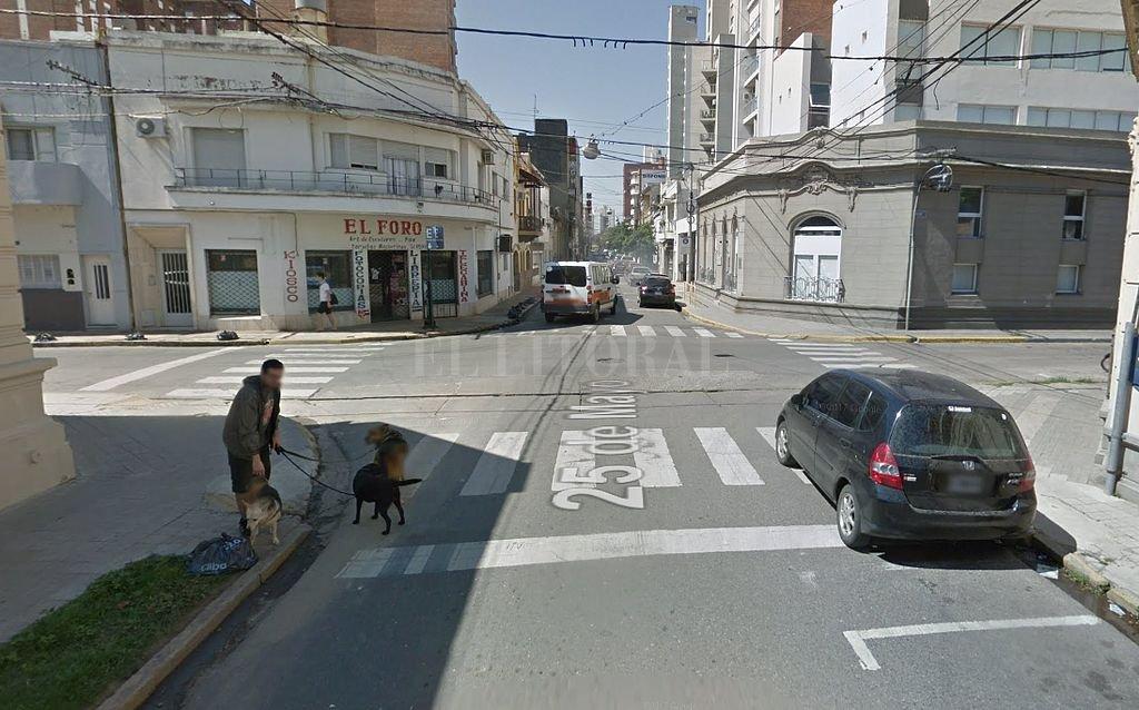 Calle 25 de Mayo en su intersección con Moreno, en el sur de la ciudad. Crédito: Captura digital Google Maps Street View
