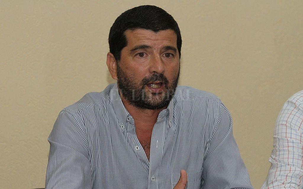 Axel Menor, presidente de la Liga Santafesina de Fútbol. Crédito: Archivo El Litoral / Manuel Fabatía