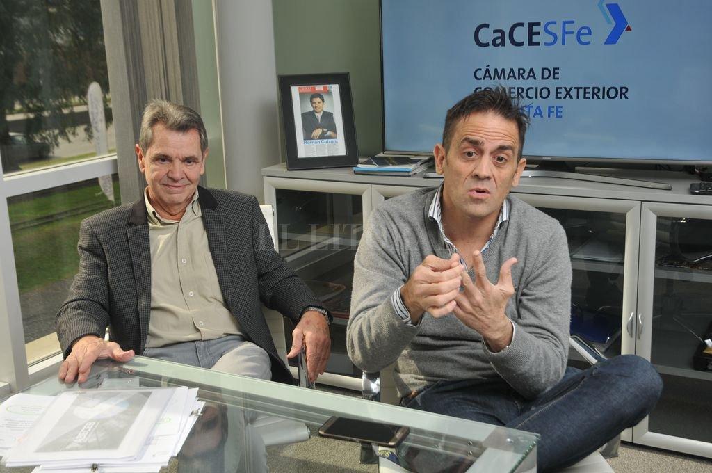 Gabriel Culzoni y Diego Dumont, presidente y vice segundo de la Cámara de Comercio Exterior de Santa Fe. Crédito: Luis Cetraro