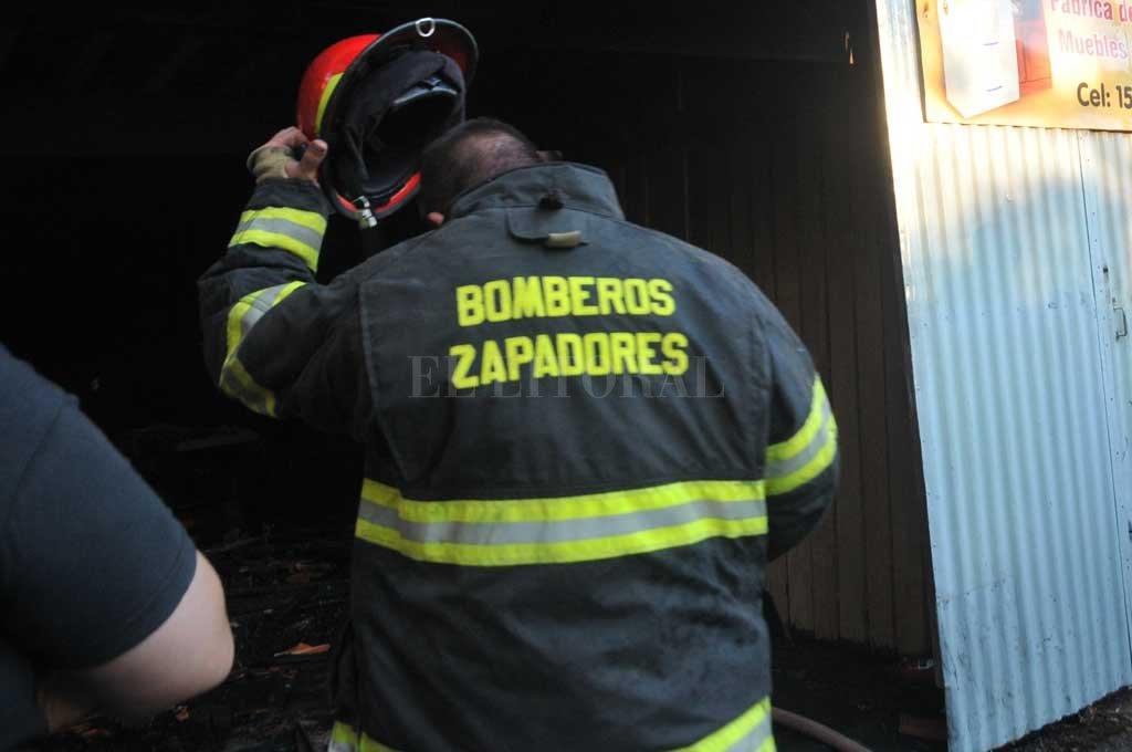 Los bomberos apagaron las llamas sobre el rodado / Imagen ilustrativa <strong>Foto:</strong> Archivo El Litoral