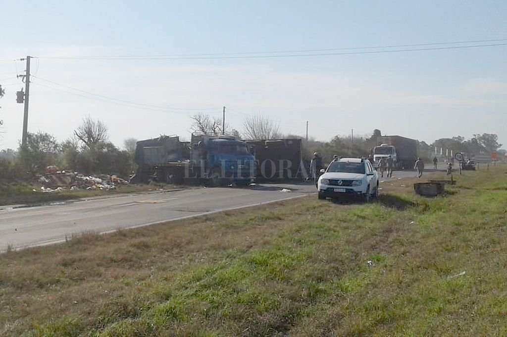 Accidente fatal en la Ruta 11 a la altura de Emilia. <strong>Foto:</strong> Gentileza