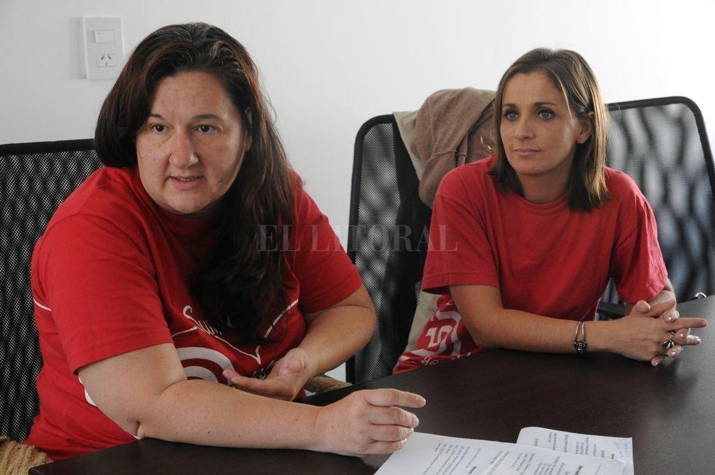 Preocupadas. Mónica Patiño y Érica Bode, de la Fundación por las Cardiopatías Congénitas. Crédito: Archivo El Litoral