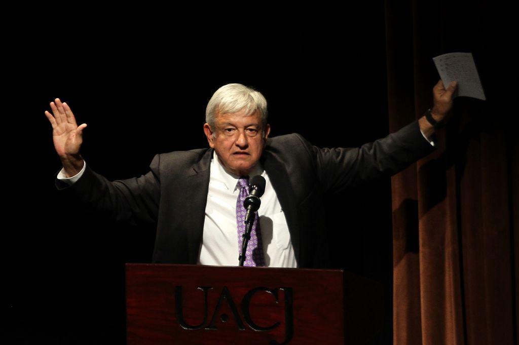 El presidente electo, López Pérez Obrador, se pronuncia durante la inauguración de una serie de foros para buscar salidas de la violencia en Ciudad Juárez, México, el 07/08/2018.  Crédito: dpa