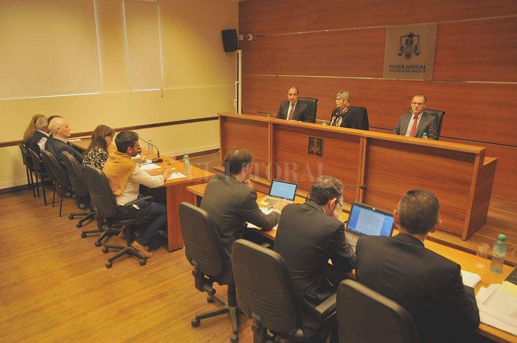 El juicio comenzó en octubre del año pasado, pero fue suspendido rápidamente por sucesivas recusaciones instadas por la querella. Crédito: Archivo El Litoral / Flavio Raina