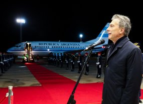 Macri participa de la asunción de Abdo Benítez, flamante presidente de Paraguay