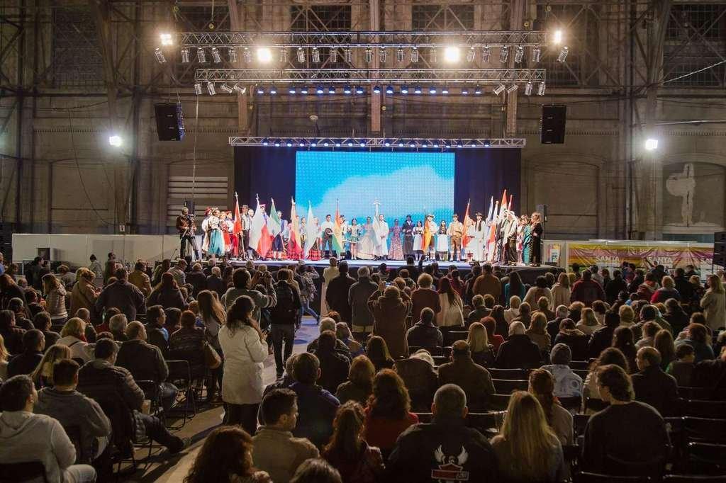 """La de Santa Fe, es la Fiesta de Colectividades más importante de la ciudad y la región; """"tercera en importancia a nivel nacional, después de los encuentros que organizan las colectividades de Rosario y Oberá"""", destacaron desde la organización. <strong>Foto:</strong> Municipalidad de Santa Fe"""