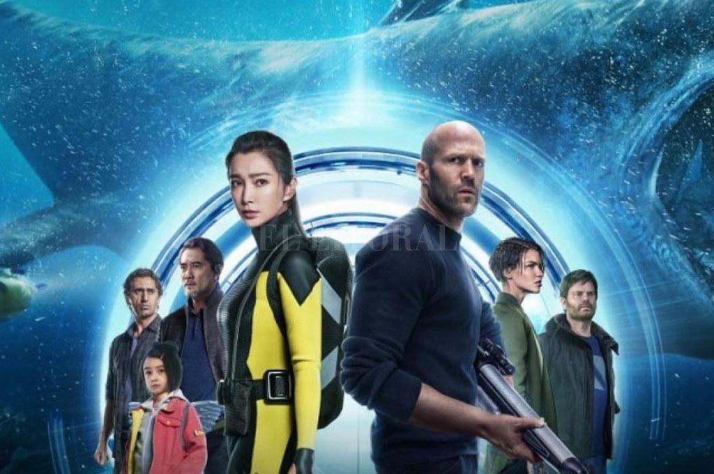 Jason Statham y la actriz china Li Bingbing encabezan la cacería de un tiburón gigante que se creía extinto. <strong>Foto:</strong> Gentileza Warner Bros. Pictures
