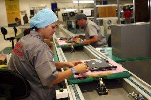 Pymes advierten que las políticas del Gobierno generan caída de empleo -  -