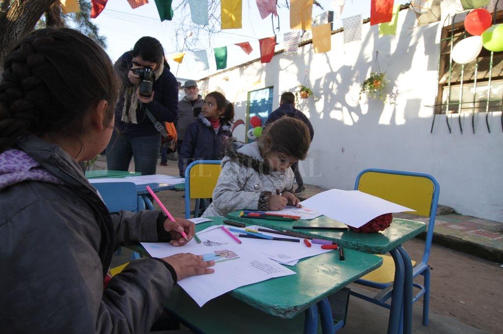 2.000 niños y niñas concurren a 35 Centros de Cuidado Infantil en toda la provincia. El último abrió sus puertas en esta ciudad, en el corazón de barrio Santa Rosa de Lima. Crédito: Pablo Aguirre