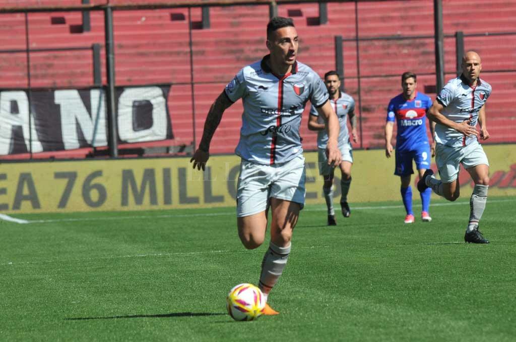 Correa, el goleador rojinegro. Crédito: Flavio Raina