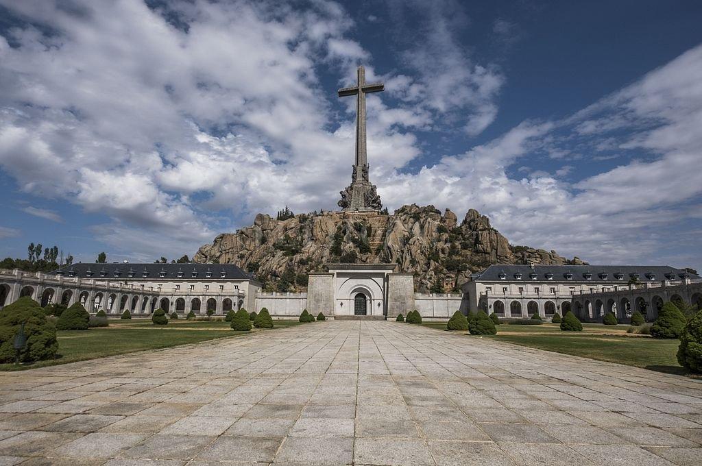 Imagen del Valle de los Caídos en Madrid, España. El enorme mausoleo donde el dictador está enterrado junto a miles de víctimas de la Guerra Civil (1936-1939). <strong>Foto:</strong> DPA