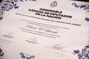 """El Litoral fue distinguido con la mención de honor """"Juan Bautista Alberdi"""""""