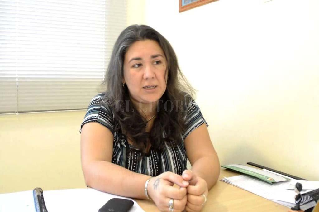 Soledad Zalazar, ex concejal de Reconquista, impulsora de la presentación ante la ONU, explicó a El Litoral los términos del acuerdo de reparación. Crédito: El Litoral.