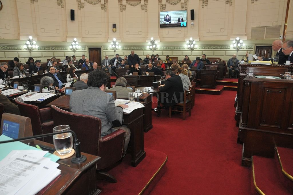 Sesión Diputados. Crédito: El Litoral