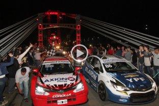 Los autos del Súper TC2000 rugieron en el Puente Colgante