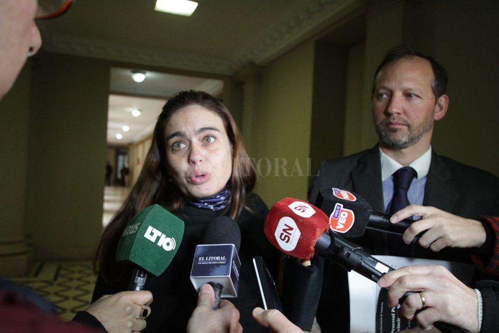 La querella, representada por los abogados Carolina Walker y Martín Risso Patrón, solicitó al tribunal que se investigue una presunta irregularidad cometida por una Junta de Salud que participó en la investigación. Crédito: Archivo El Litoral