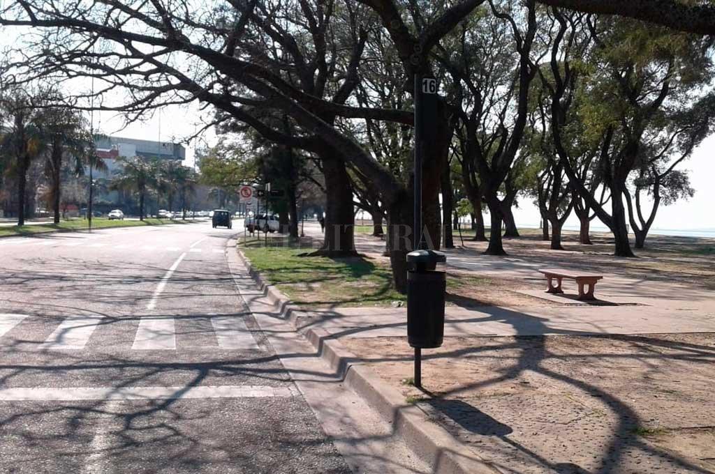 En Santa Fe. La Municipalidad comenzó a utilizar este tipo de cestos, diferentes de los de color amarillo y que eran metálicos, en mayo de este año. <strong>Foto:</strong> Gentileza Municipalidad de Santa Fe
