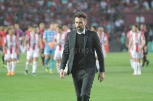 """Eduardo Domínguez: """"Por momentos se hizo muy aburrido el partido"""""""