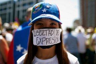 Maduro consolida la censura a los medios y bloquea portales de información