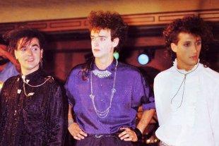 """Los precios para ir a """"la vuelta"""" de Soda Stereo, desde Santa Fe - Soda Stereo. -"""