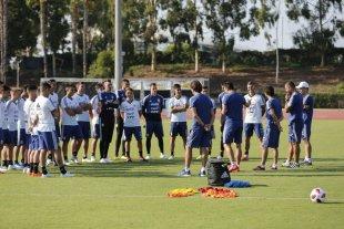 Scaloni ya hizo fútbol con la Selección Argentina y sorprendió con las formaciones