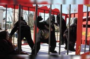 """Denunciaron por """"maltrato animal"""" a un circo de Rosario pero eran personas disfrazadas"""